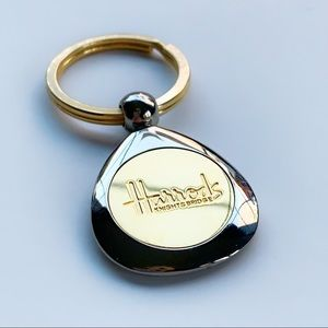 ✨Vintage✨HARRODS OF KNIGHTBRIDGE✨Keychain✨London